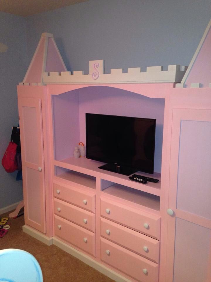 7 Ft 3 Piece Handcrafted Wood Wardrobe Entertainment Center 14 Drawers Will Make Any Little Princess Hy To Her Pretties In