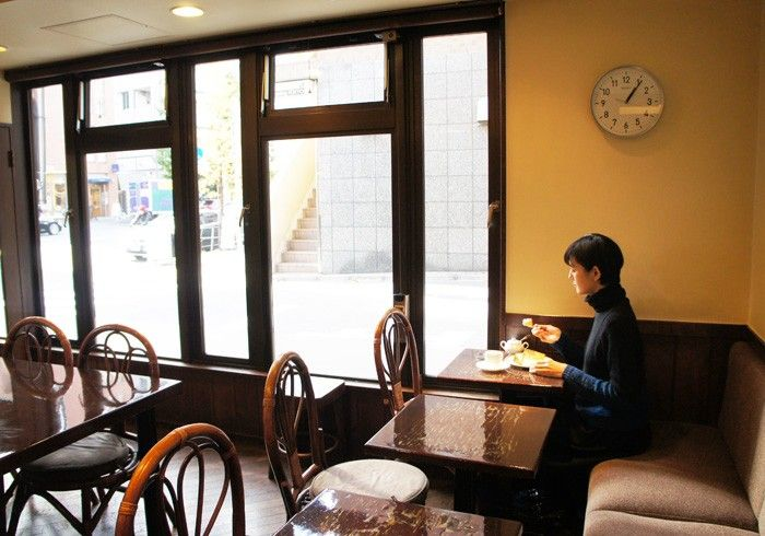 毎号 気になる喫茶店へ出かけ マスターのこだわりを得意のイラストで図解します 今号は東京 恵比寿の 自家焙煎 ヴェルデ へ 喫茶店 菊池亜希子 内装