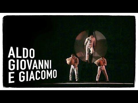I gemelli: il parto (5 di 5) - I Corti di Aldo Giovanni e Giacomo - YouTube