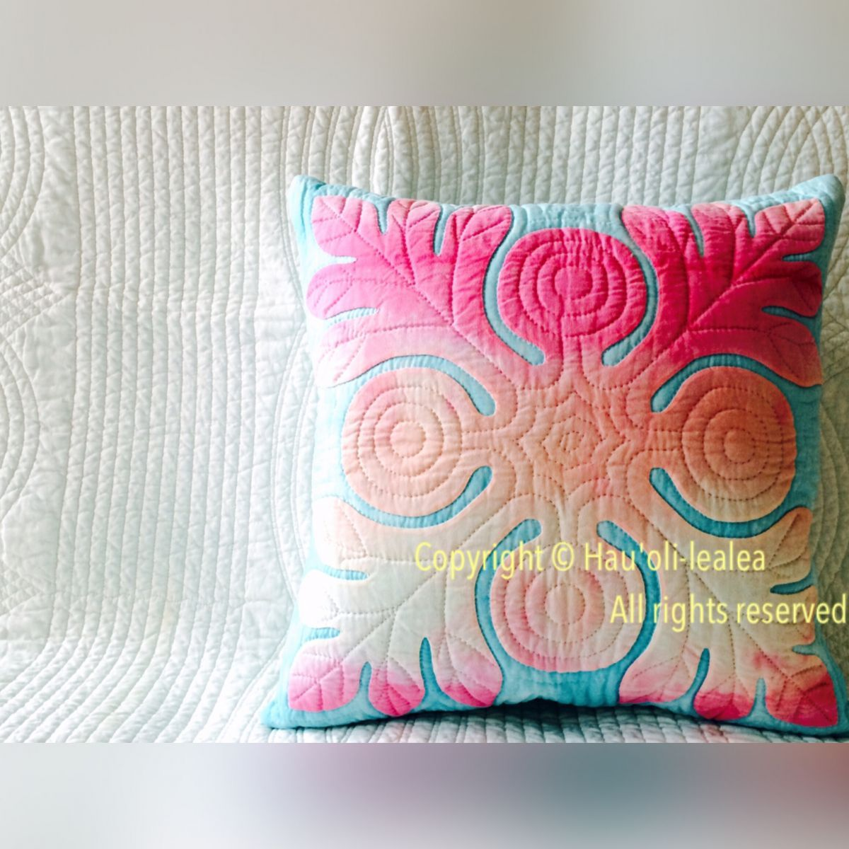 These are gorgeous! Check out the rest of her work at http://hauoli-lealea.com/