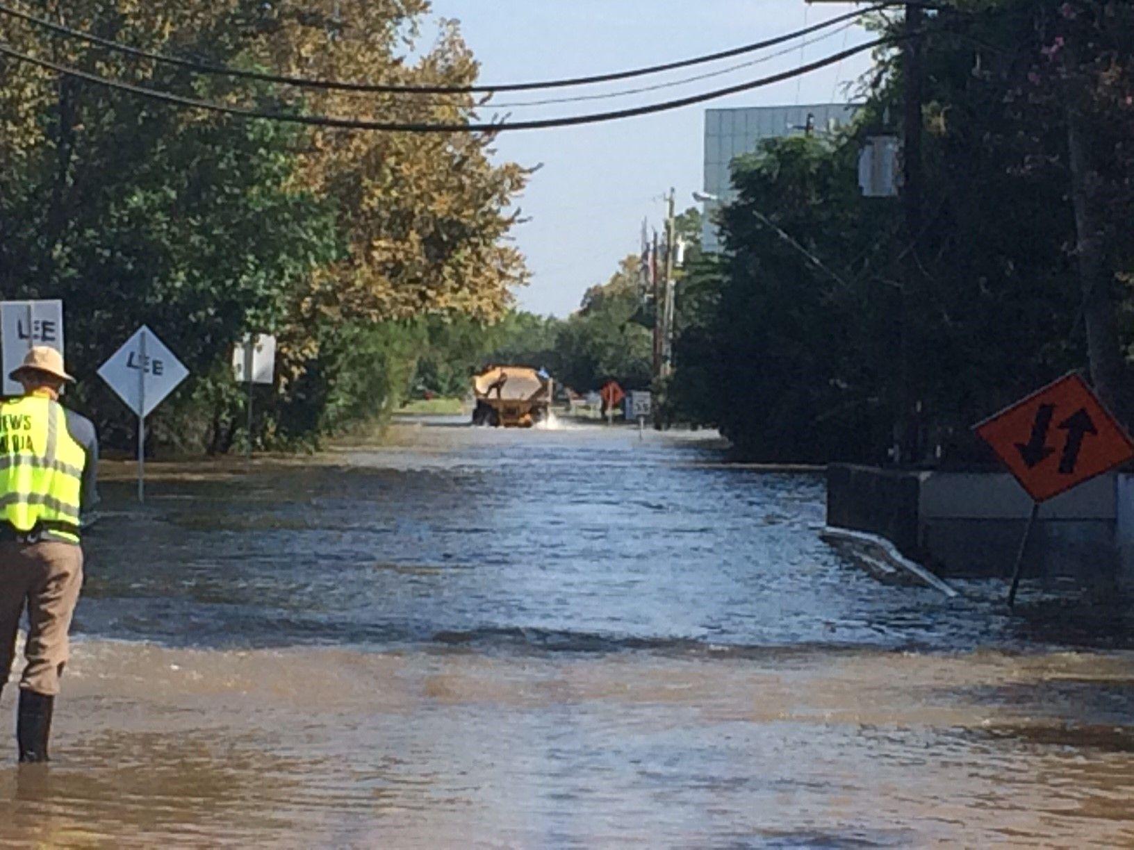Houston Residents Share Hurricane Harvey Photos On Social Media Flood Damage Photo Harvey