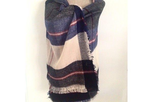 d5339a23d8ce Grosse écharpe en laine rouge et beige -  tartan  TartanMacKay   PashminaCachemire  PashminaCachemire