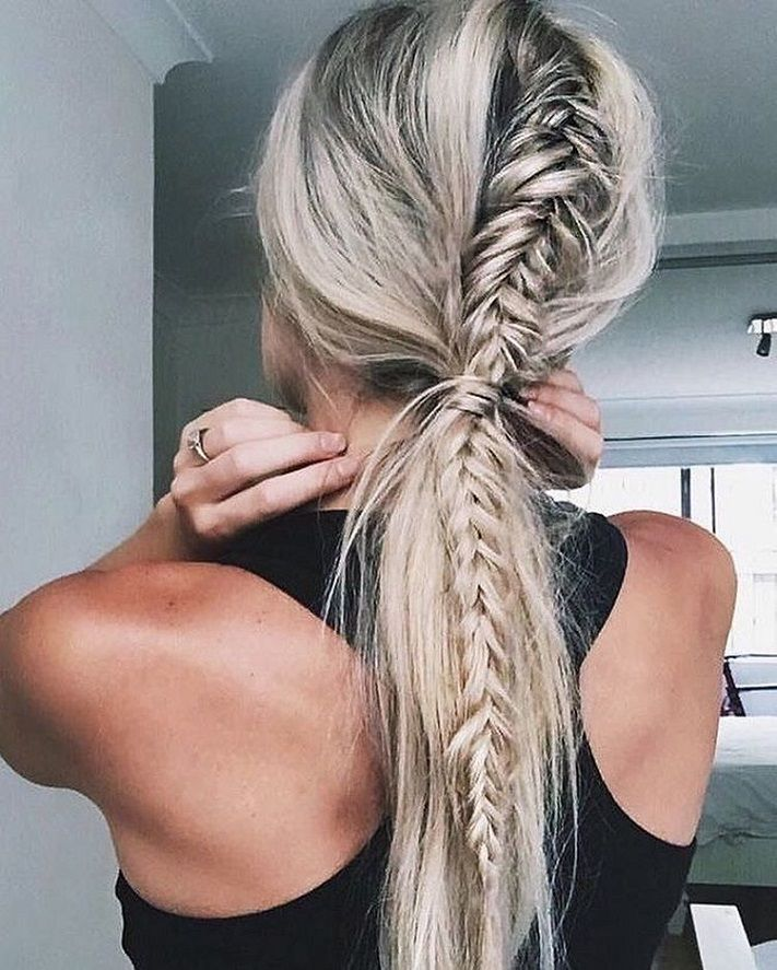 52 Trendy Chic Braided Hairstyle Ideas You Should Try - Fishtail braid + ponytails #hairstyle #braids #hairstyleideas