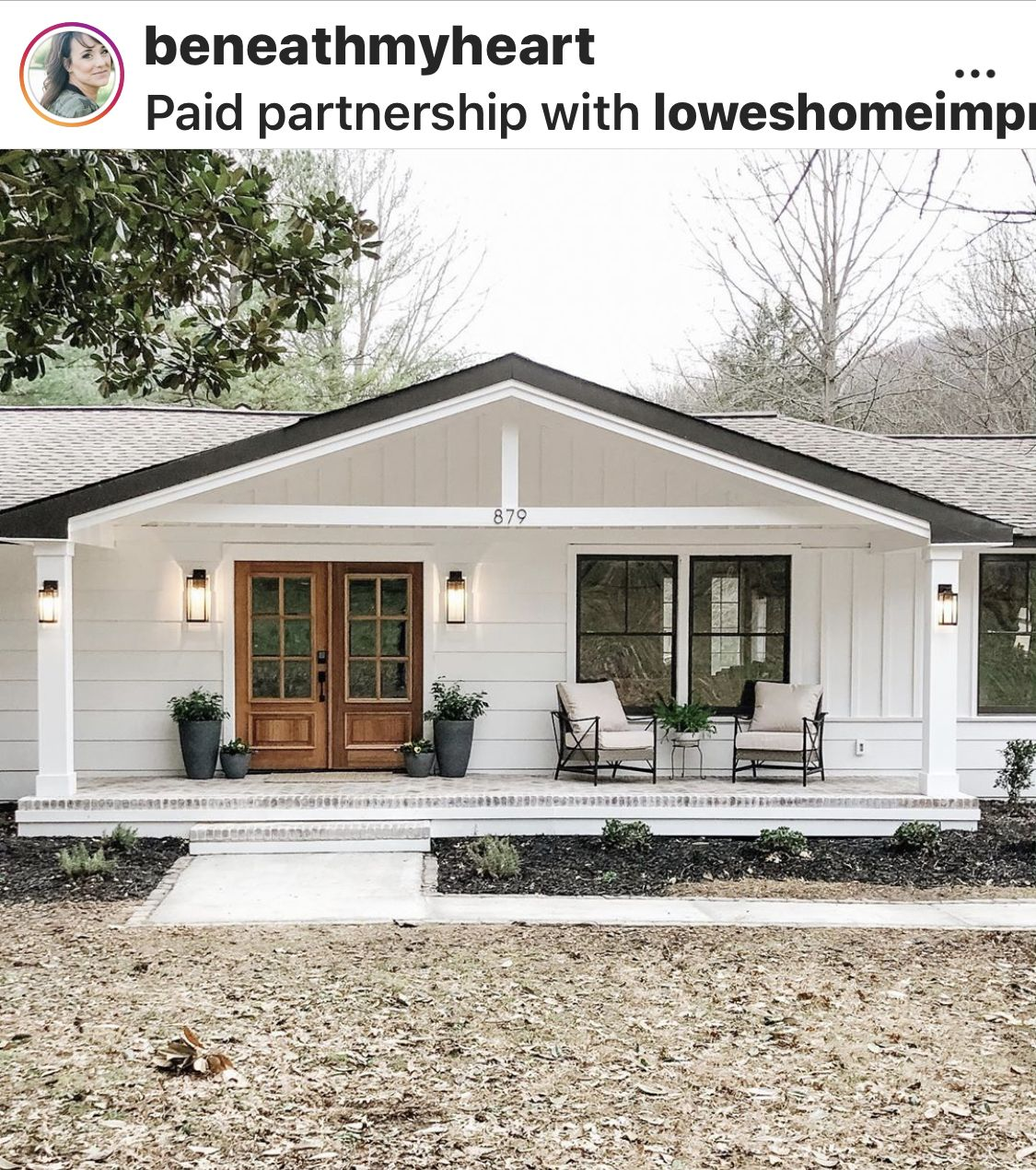 Pin By 𝓟𝓪𝓾𝓵𝓪 𝓑𝓵𝓾𝓶𝓮 On Front Porch Porticos In 2020 Ranch House Exterior Bungalow Exterior Brick Exterior House