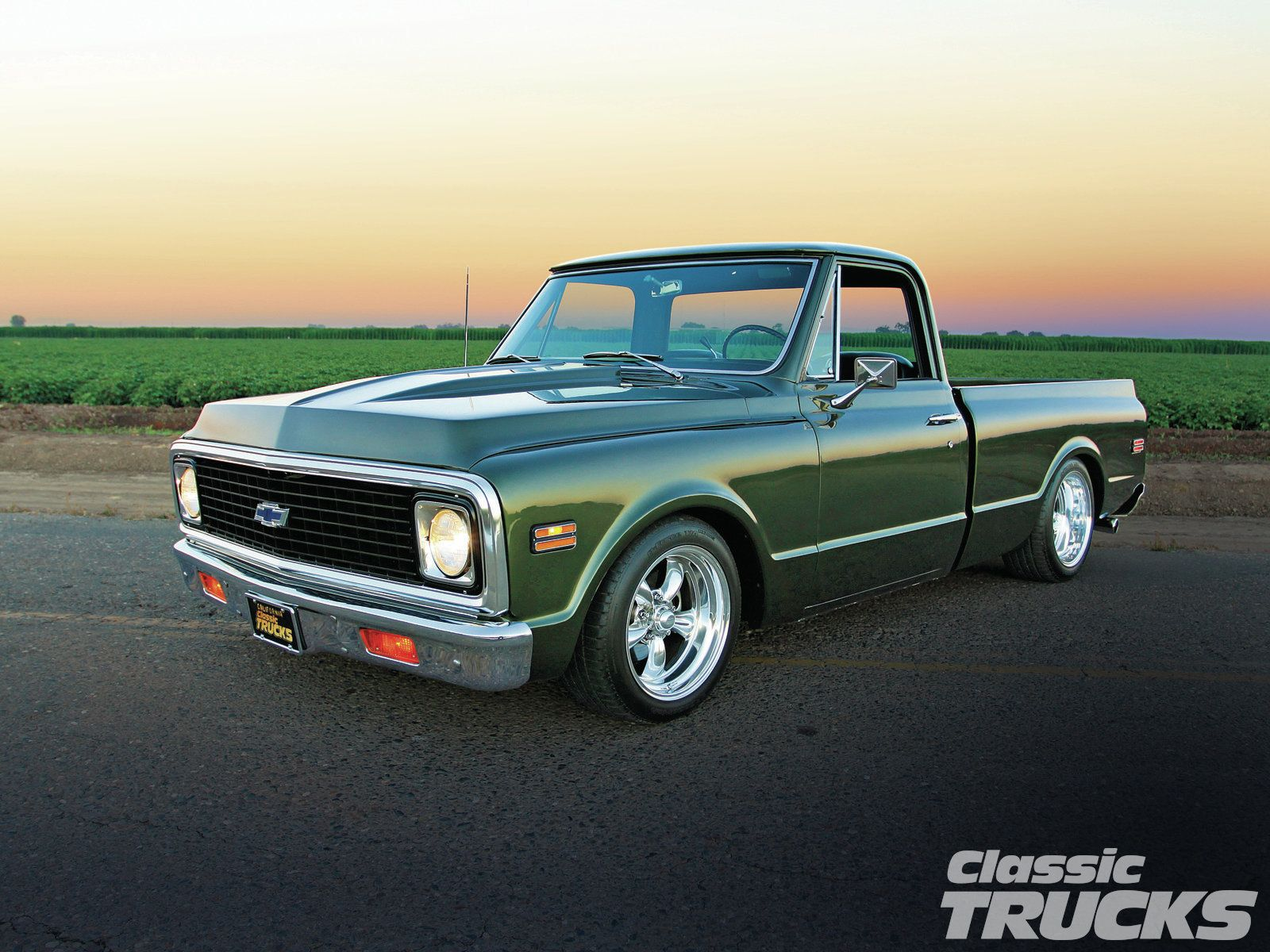 1972 Chevrolet C10 Looks like my 1st vehicle!! Classic