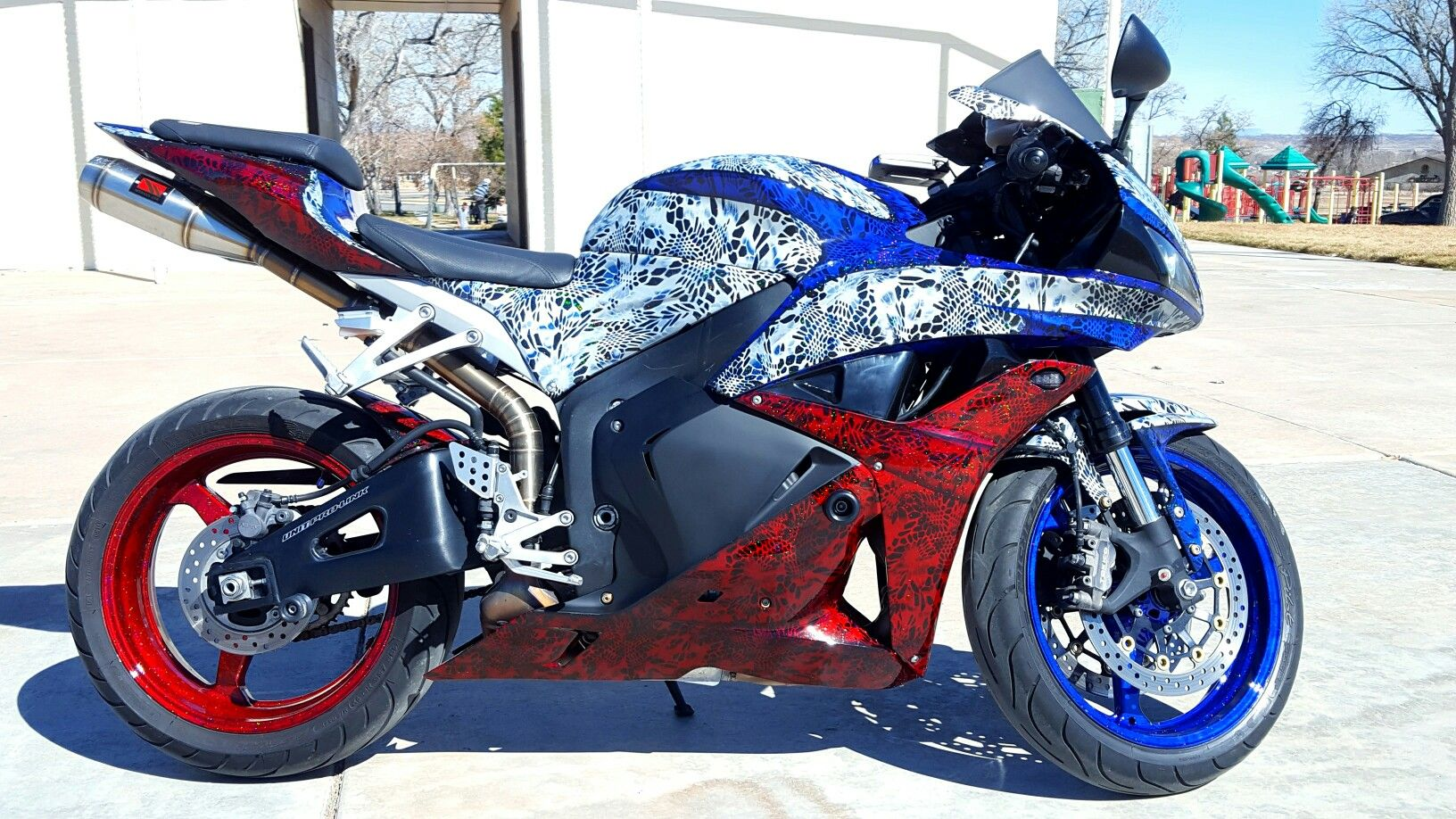 Custom 2010 Honda Cbr 600 Compliments Of Rampage Hydrographics In
