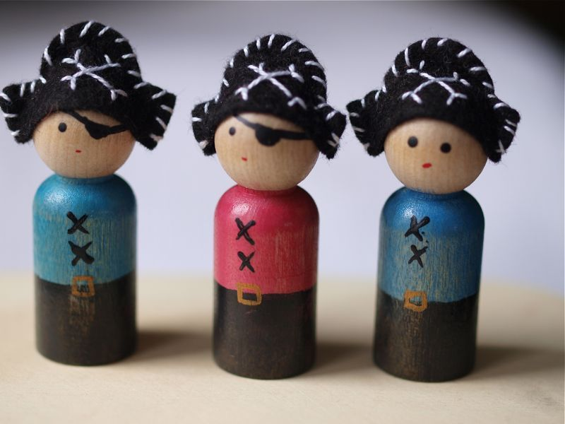 By Hook & Thread: Making Peg Dolls- Book mini Review