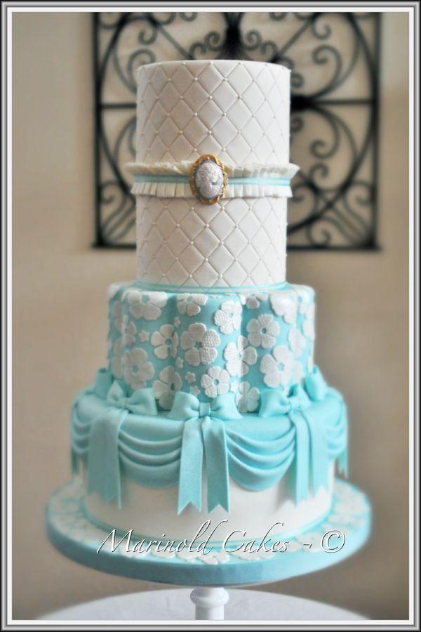 How To Plan A Tiffany Blue Theme Wedding