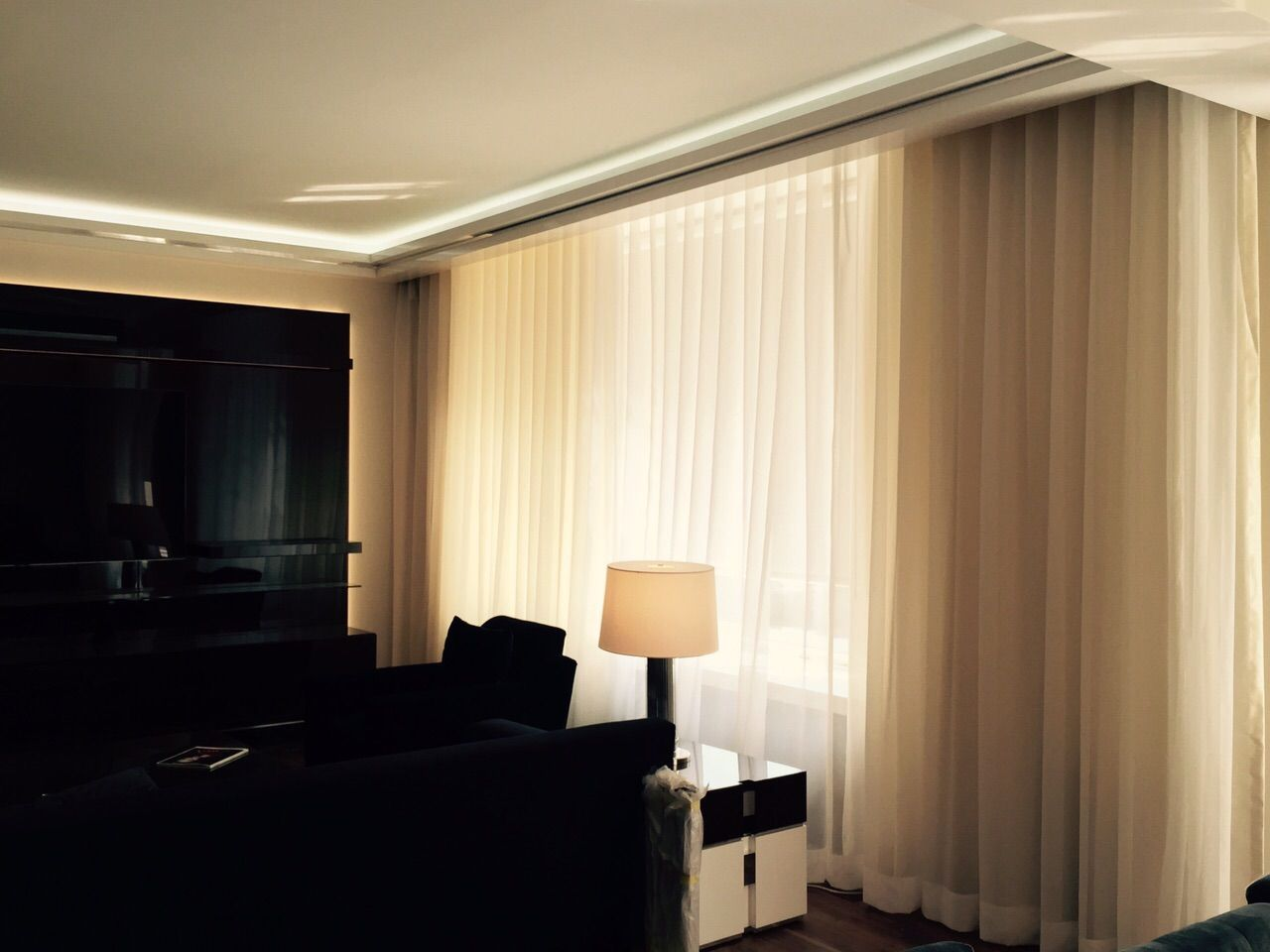 Motorized Drapes In Nyc Living Room Nycityblinds Motorized
