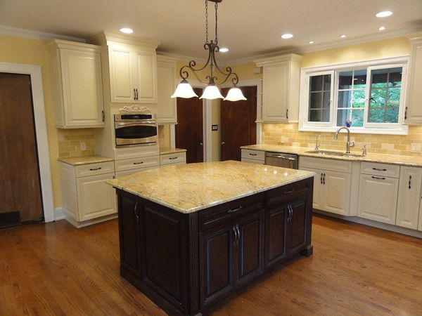 Cabinets with white trim white kitchen cabinets with oak for White kitchen cabinets with oak trim