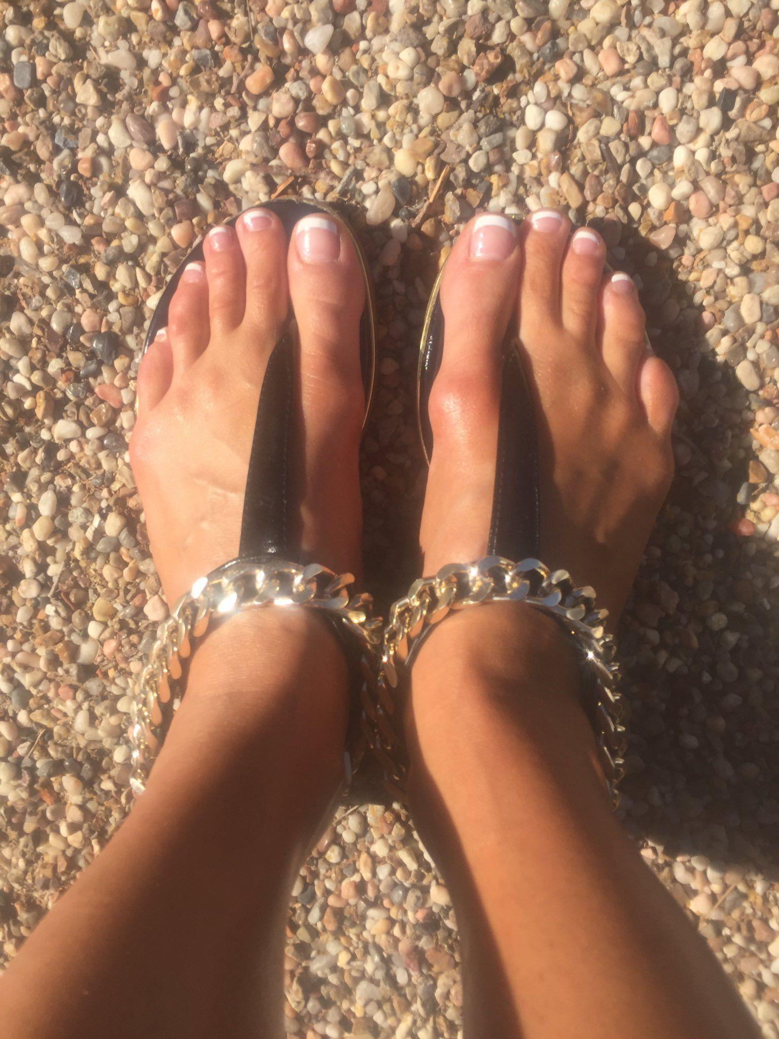 Feet Christiana Cinn nude photos 2019