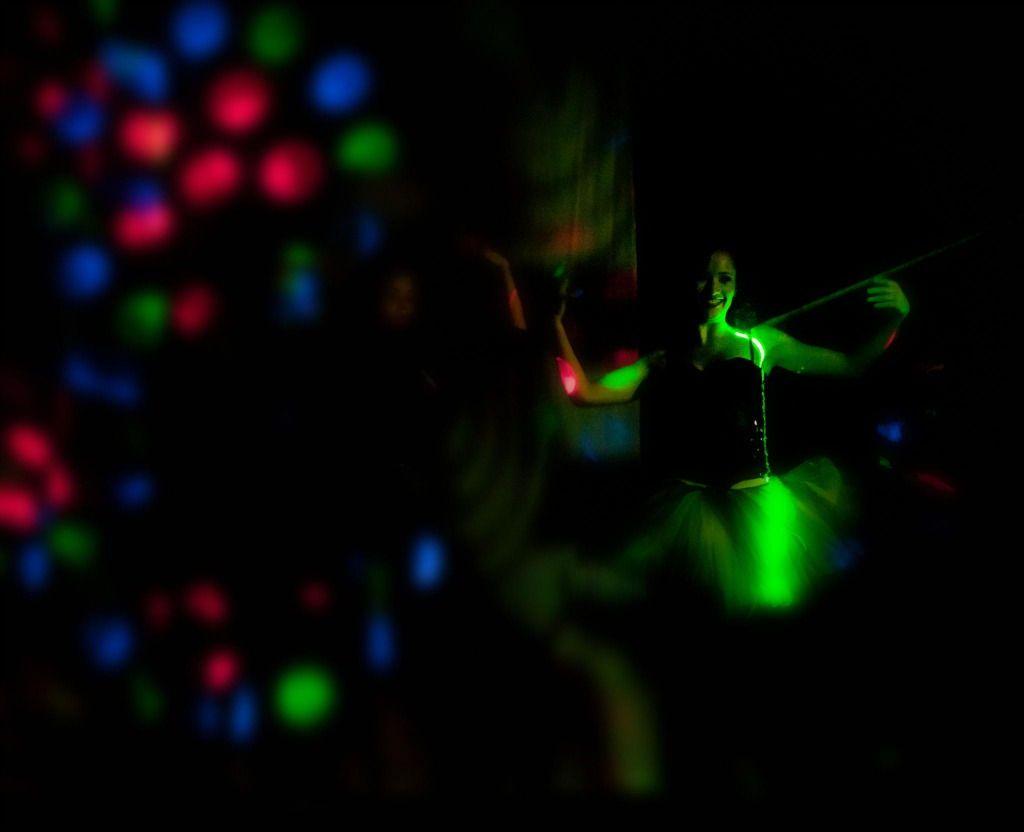 """""""Para mim, não há outro Deus além da própria vida, e não há outro templo além da própria existência. Portanto, tudo se torna uma celebração divina.""""  #Osho, em """"Meditações Para a Noite"""".  Texto na íntegra em: http://www.palavrasdeosho.com/2013/08/vida-deus-celebracao.html"""