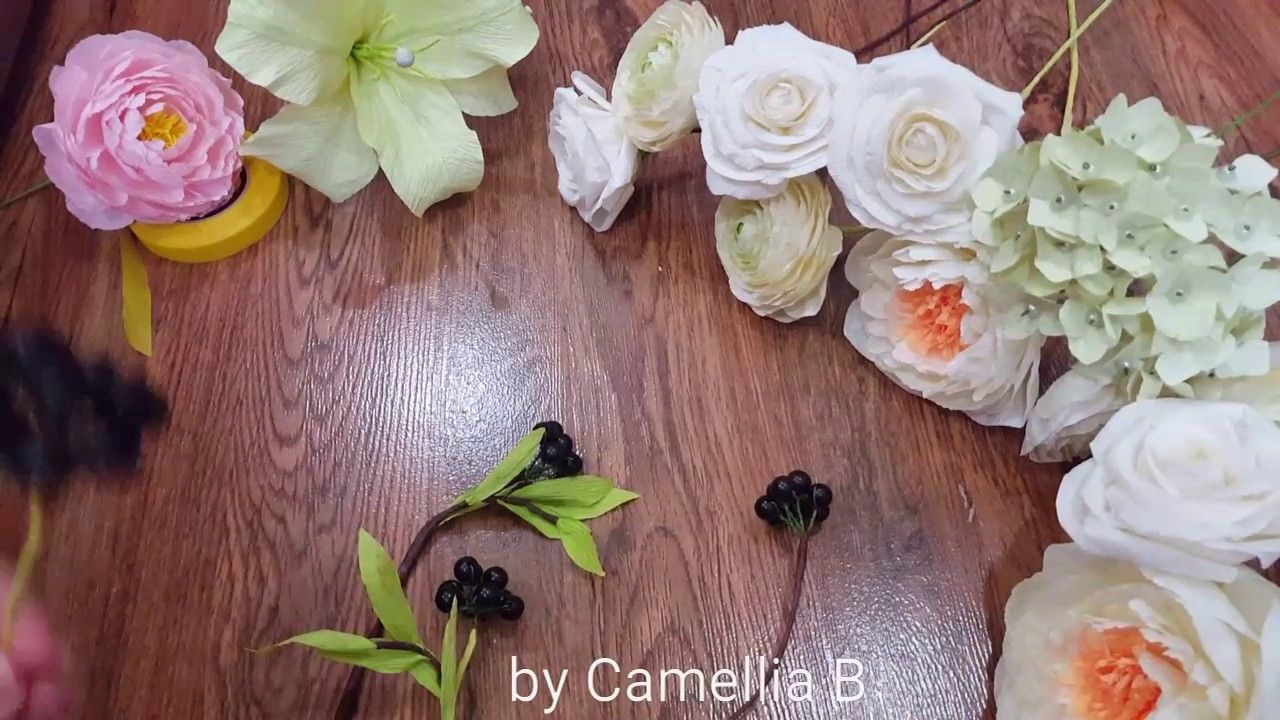 Diy how to make a paper flower bouquet from crepe paper paper diy how to make a paper flower bouquet from crepe paper izmirmasajfo
