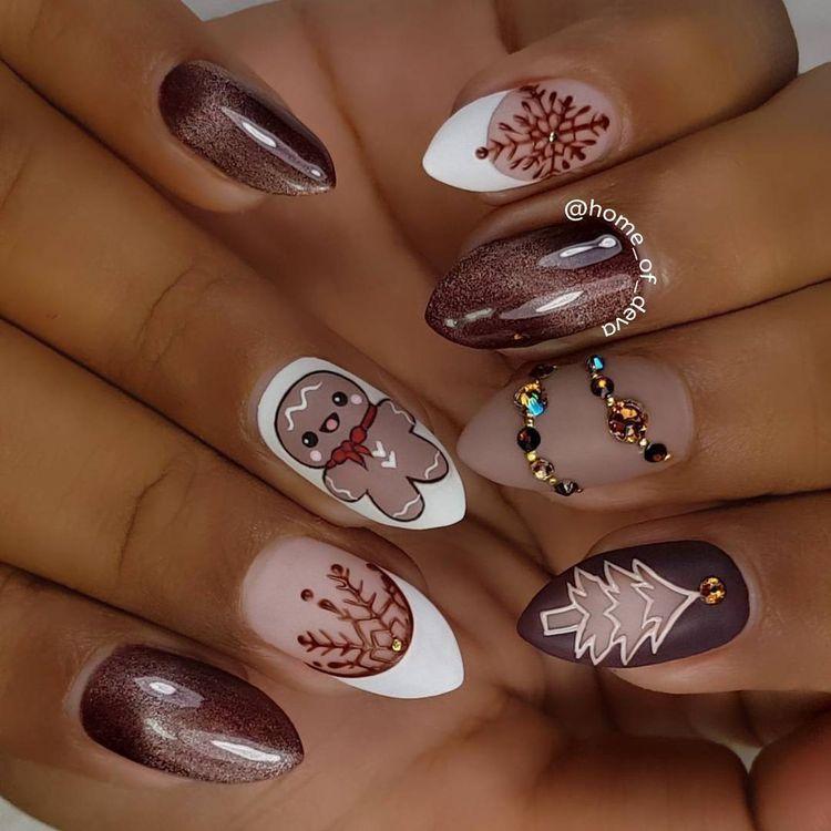 Pin by Ivelina Toteva on Идеи за маникюр   Pinterest   Xmas nails ...