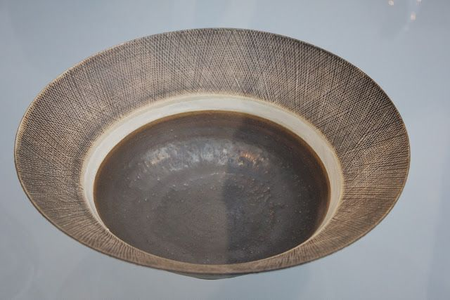 THE GOLDEN SMITH Lucie Rie