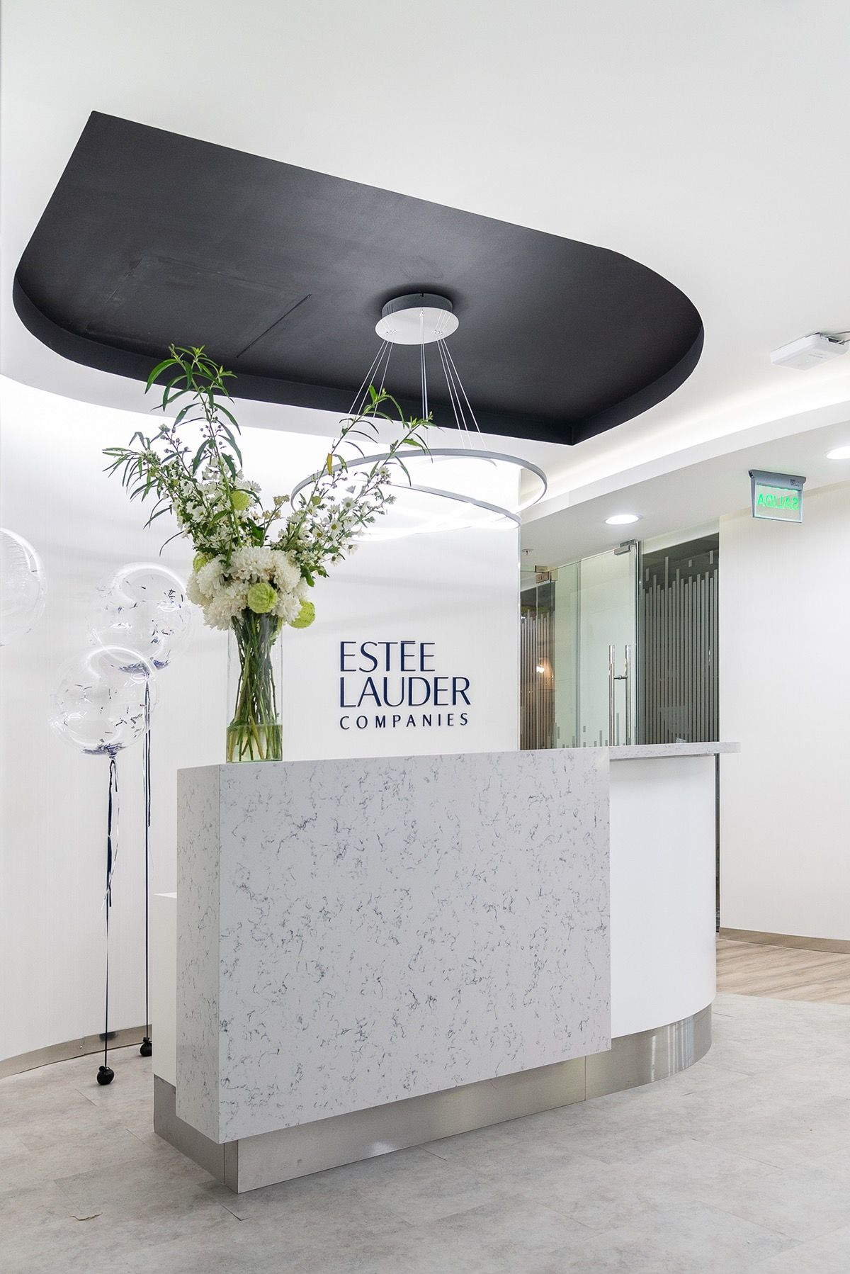 Reception At Est E Lauders Offices In Buenos Aires