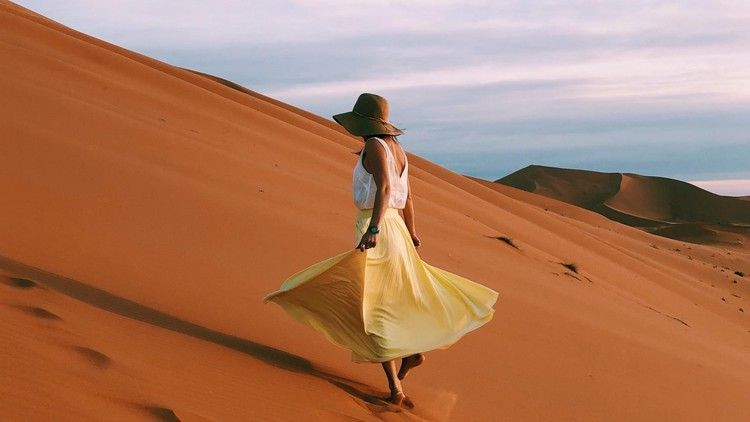 How not to be lonely when travelling alone — Escape #travelalone