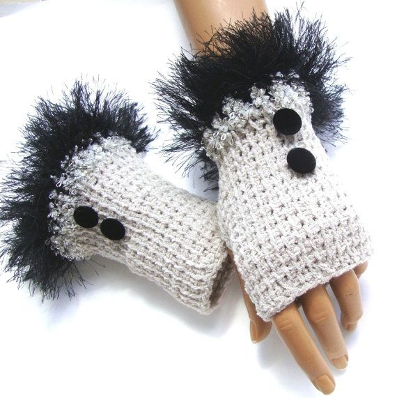 Hand Knit Gloves Mitten  Fingerless Gloves Light Gray by Pasin