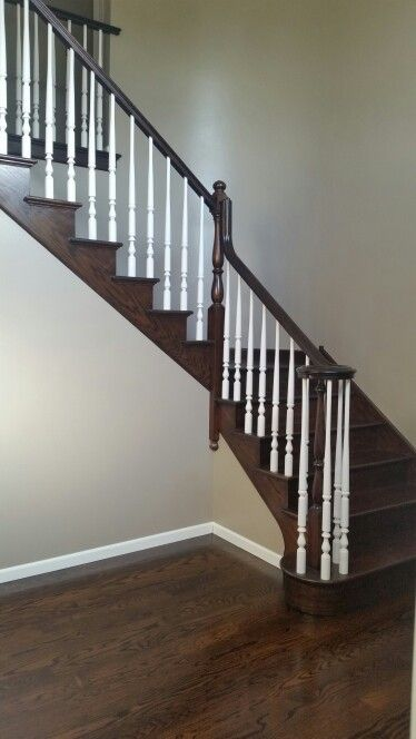 New Staircase And Benjamin Moore Waynesboro Taupe House Styles New Staircase House Design