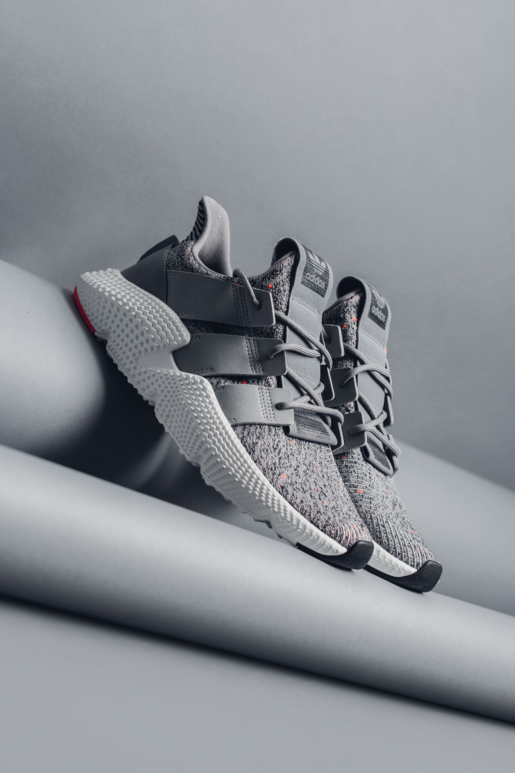 fe998e307d9 Adidas Originals Prophere
