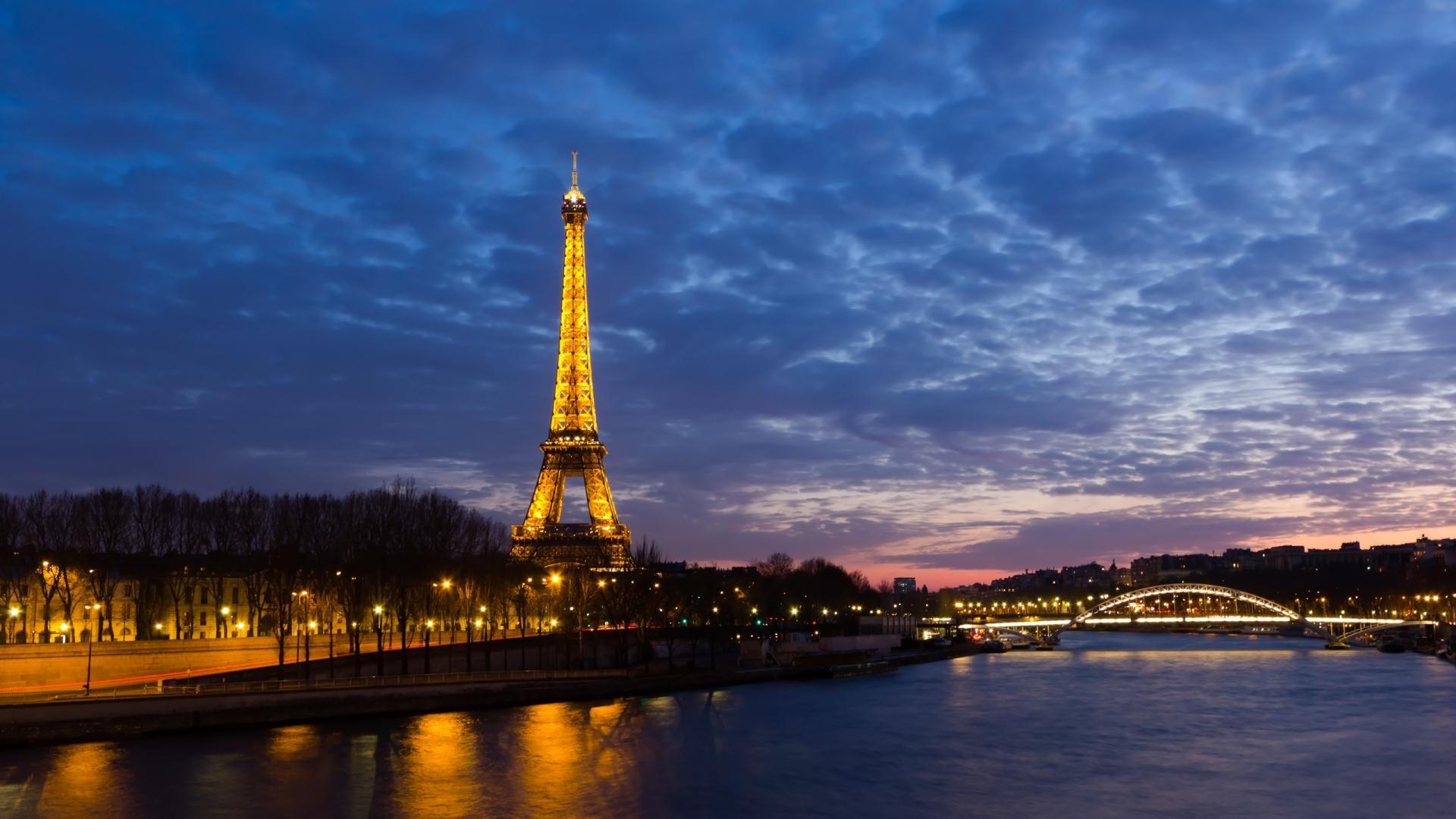 Beautiful Eiffel Tower At Night Wallpaper Hd Wallpaper Hd Wonderful