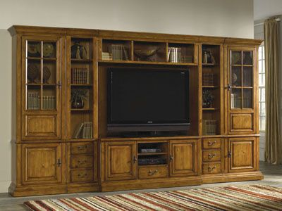 Hank's Fine Furniture   Covington Media Wall