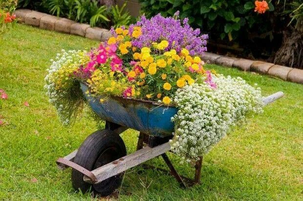 Carretillas para decorar jardines hogar ideas para for Carretillas para jardin
