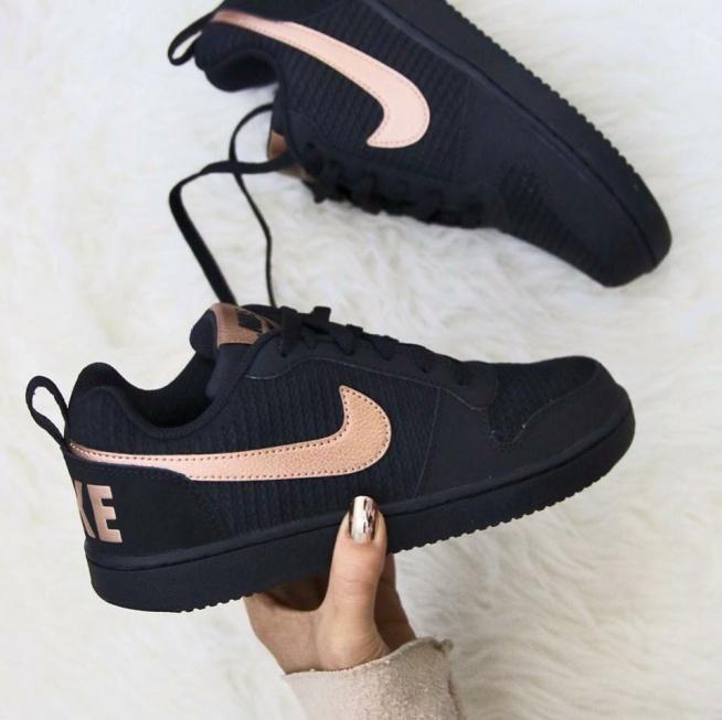 Pin De Ada En S H O E S Zapatos Nike Mujer Zapatos Tenis Para Mujer Zapatos Deportivos De Moda