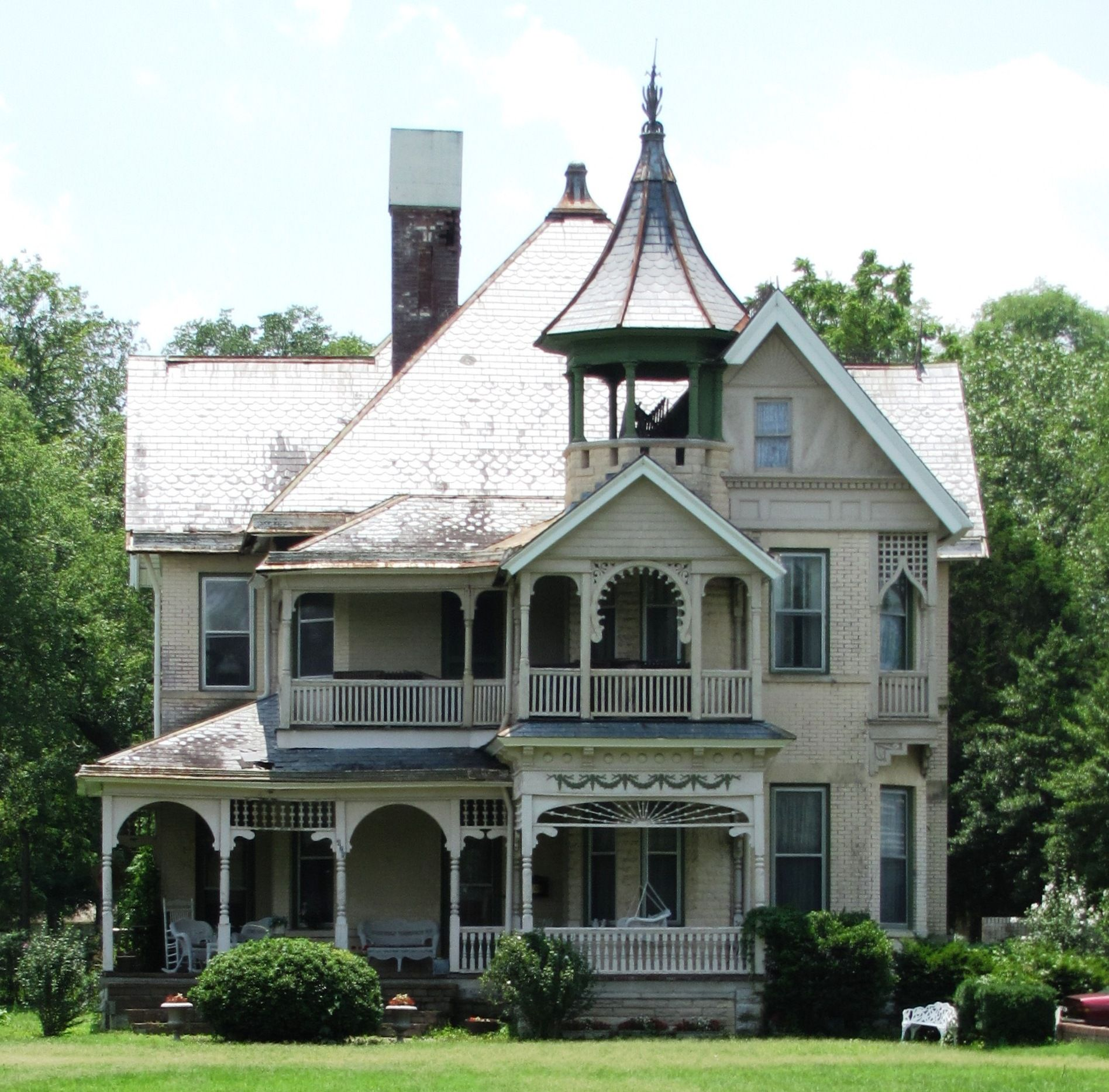 the queen anne style i w p buchanan house in lebanon tennessee built in the the house was designed by prominent knoxville architect george f barber and is now listed on the national register of historic
