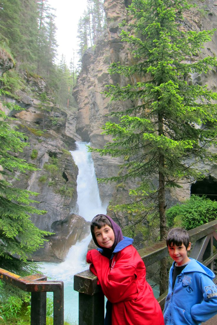 Banff National Park: 4 Natural Wonders that will blow your mind away - Trip Memos