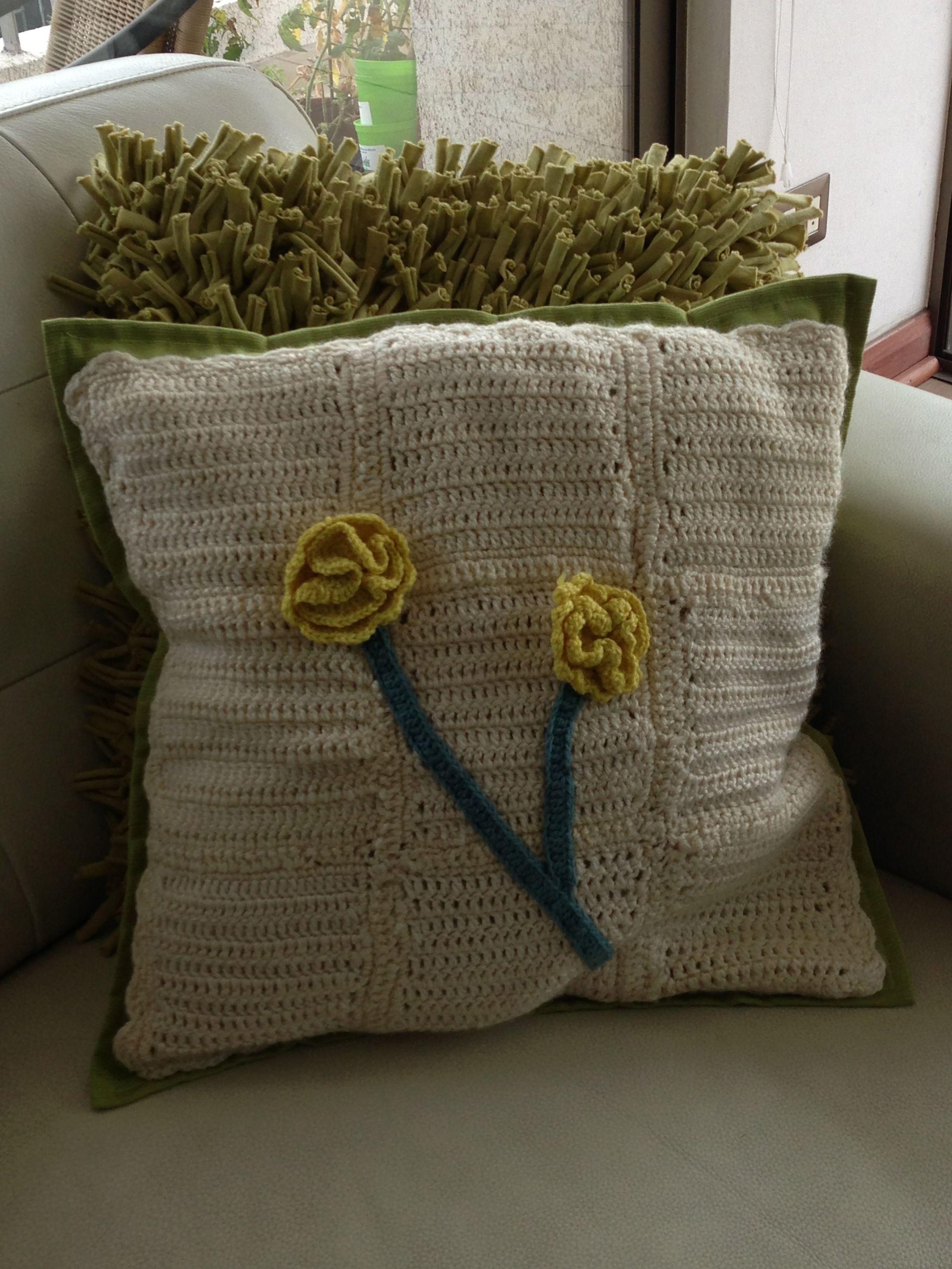 cojin tejido a crochet