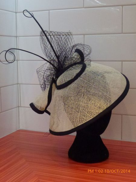 BLACK & CREAM BY ROZ WILLMOTT-DALTON #millinery #hats #HatAcademy