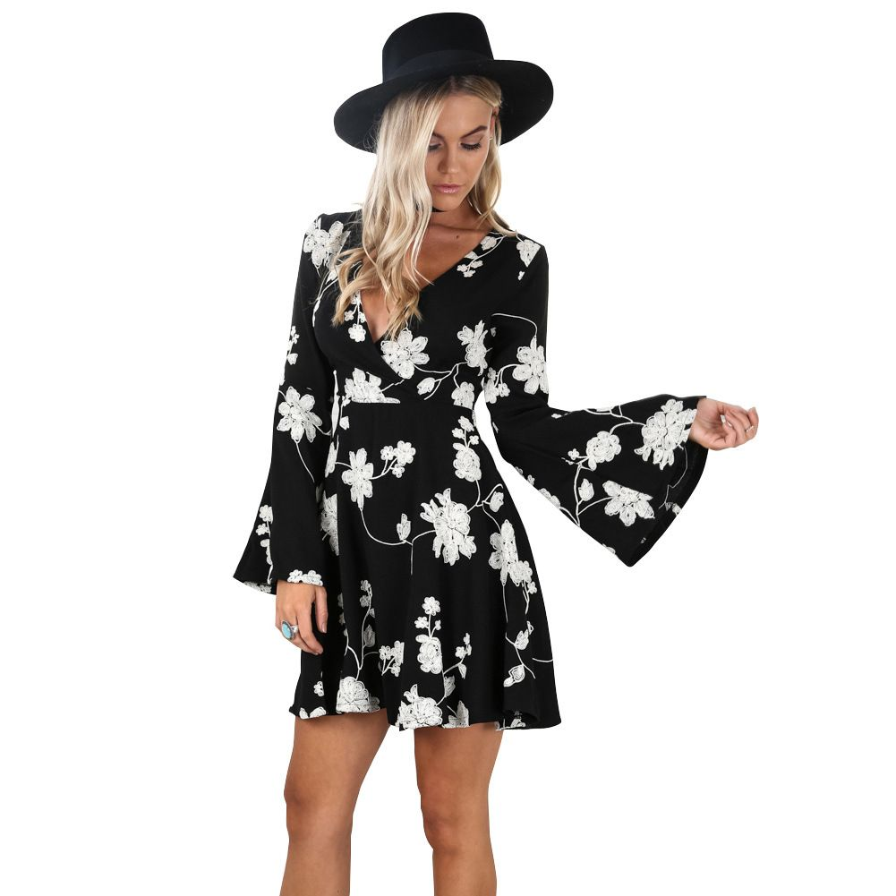 43b9d9a5eb16 FASHION WOMEN FLORAL PRINT DEEP V NECK SUMMER SEXY SHORT JUMPSUITS BATWING  SLEEVE CASUAL SKINNY GIRL