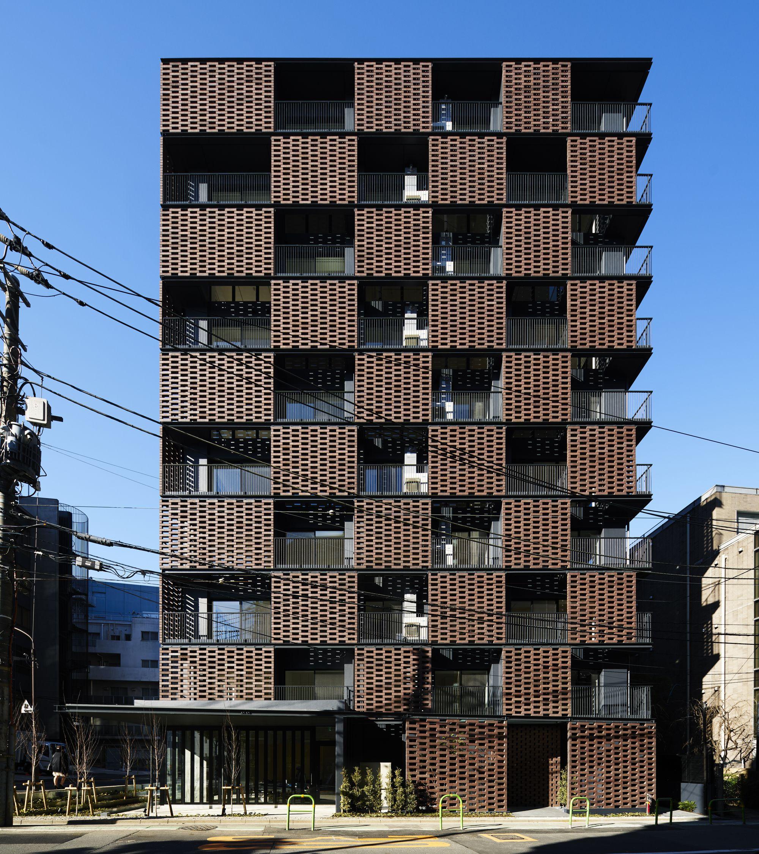 Akasaka Brick Residence / KINO architects Fachadas