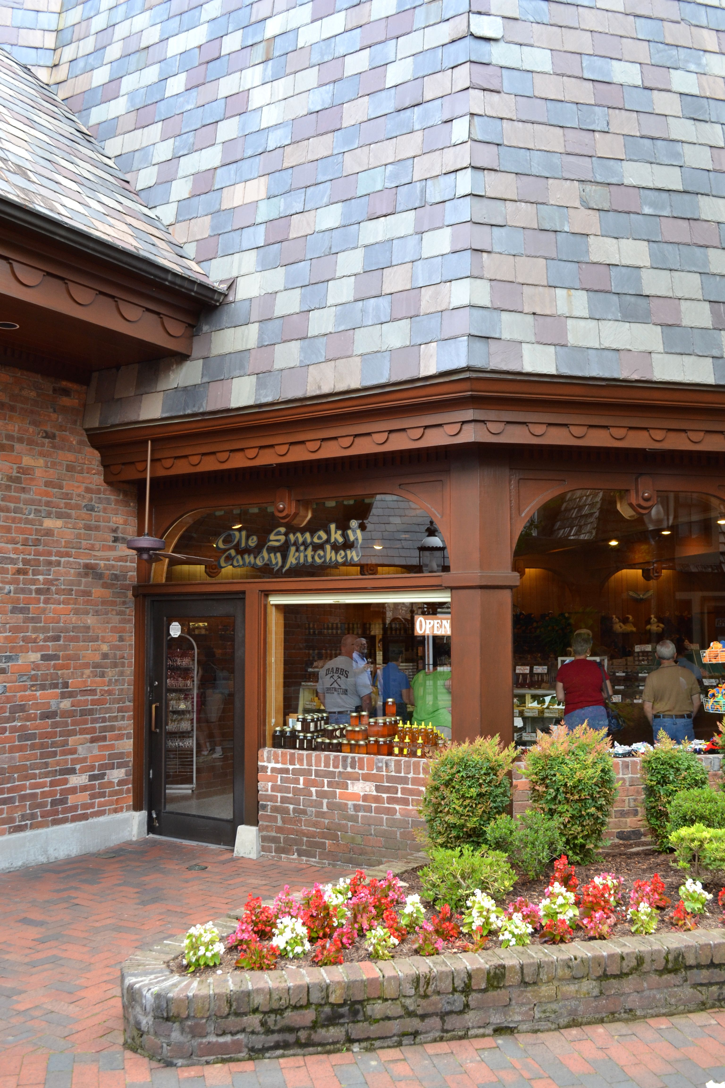Ole Smoky Candy Kitchen In Gatlinburg Tennessee Right