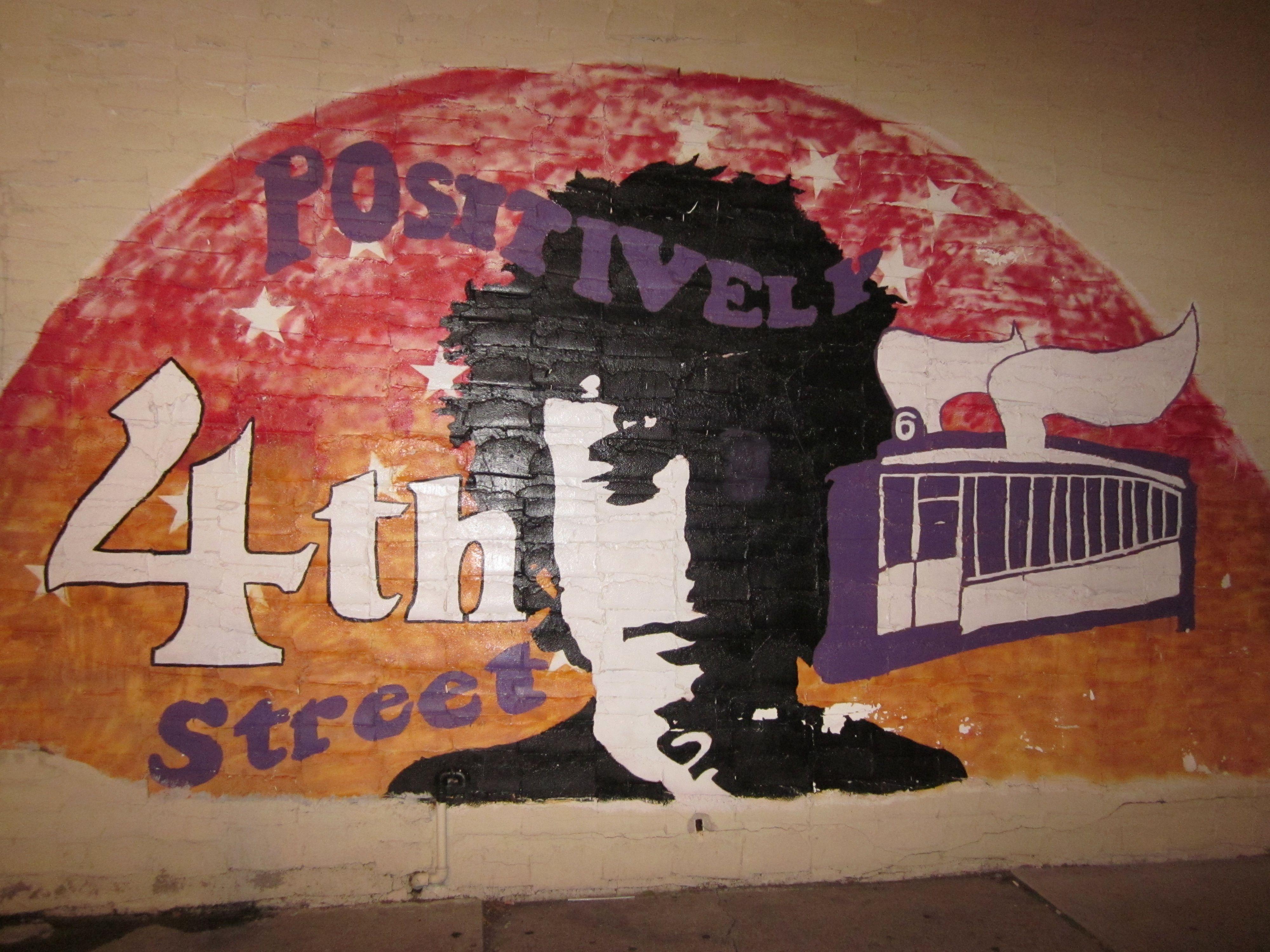 Bob Dylan Mural In Dinky Town Minnesota Hometown Boy Bob Dylan Dylan Hometown