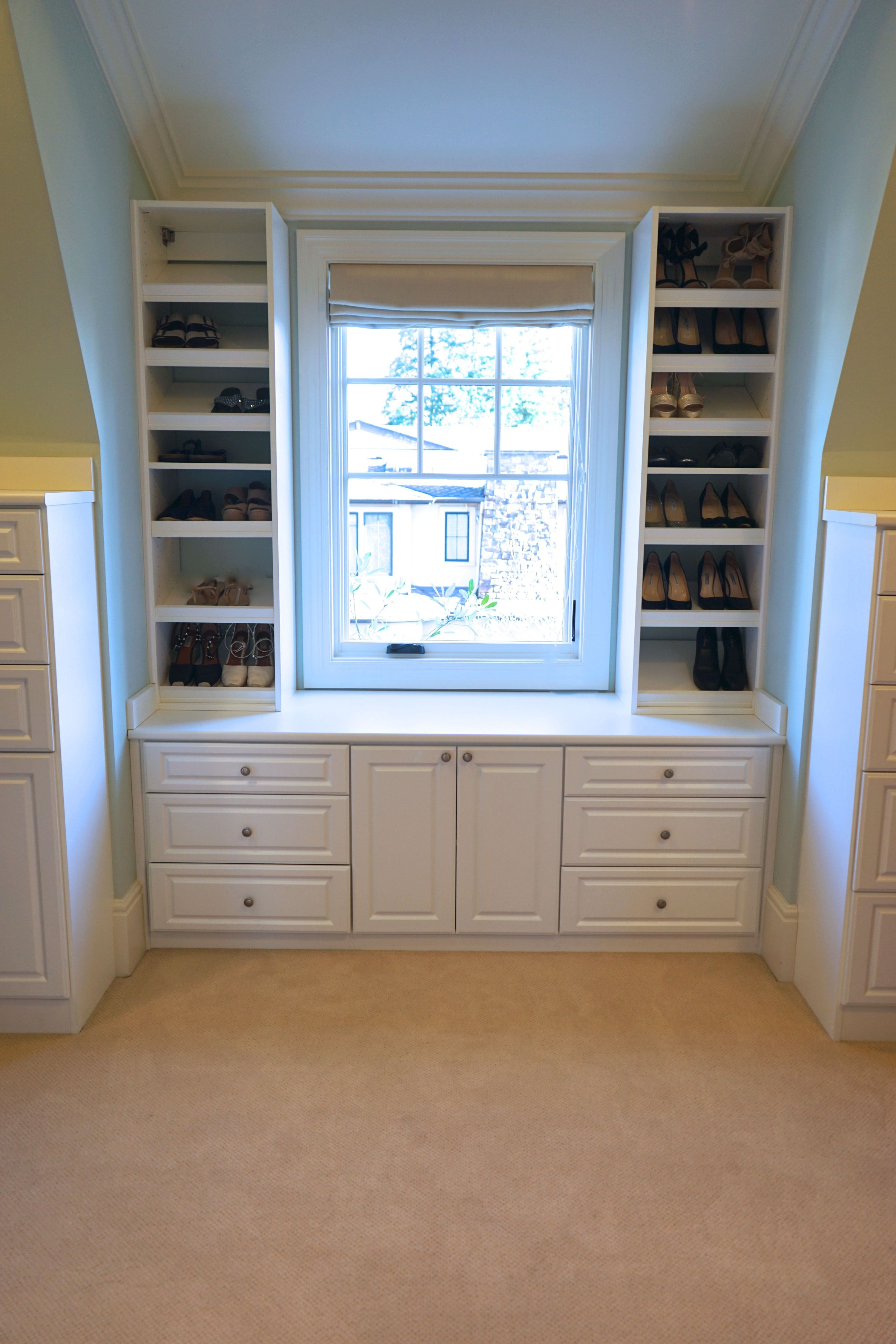 Seattle Organized Master Closets And Beauty Bar Closet Remodel Master Closet Design Master Closet