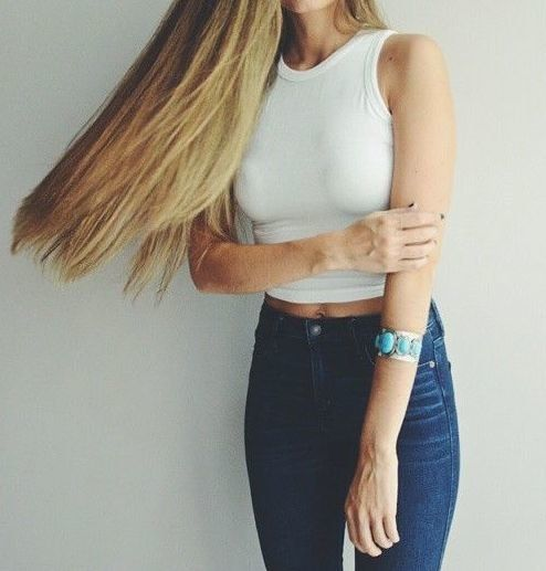 white crop top + high waisted jeans #jbrand