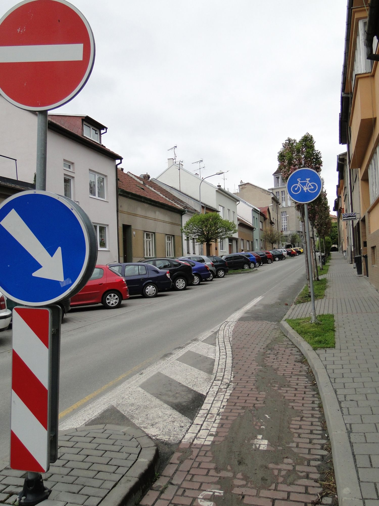 Road and Street Signs Part 1 – Smashing Magazine