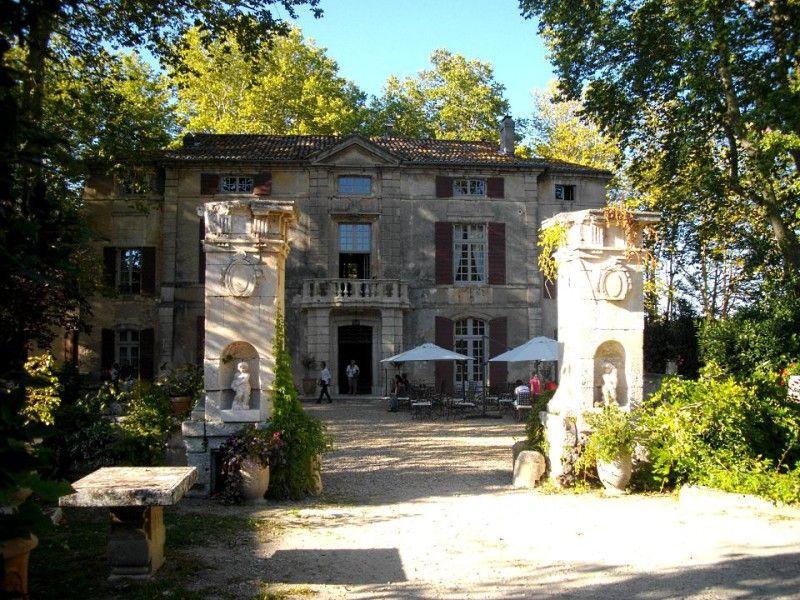 Recherche Pour Roussan Saint Rémy De Provence Provence Saint Remy De Provence Patrimoine