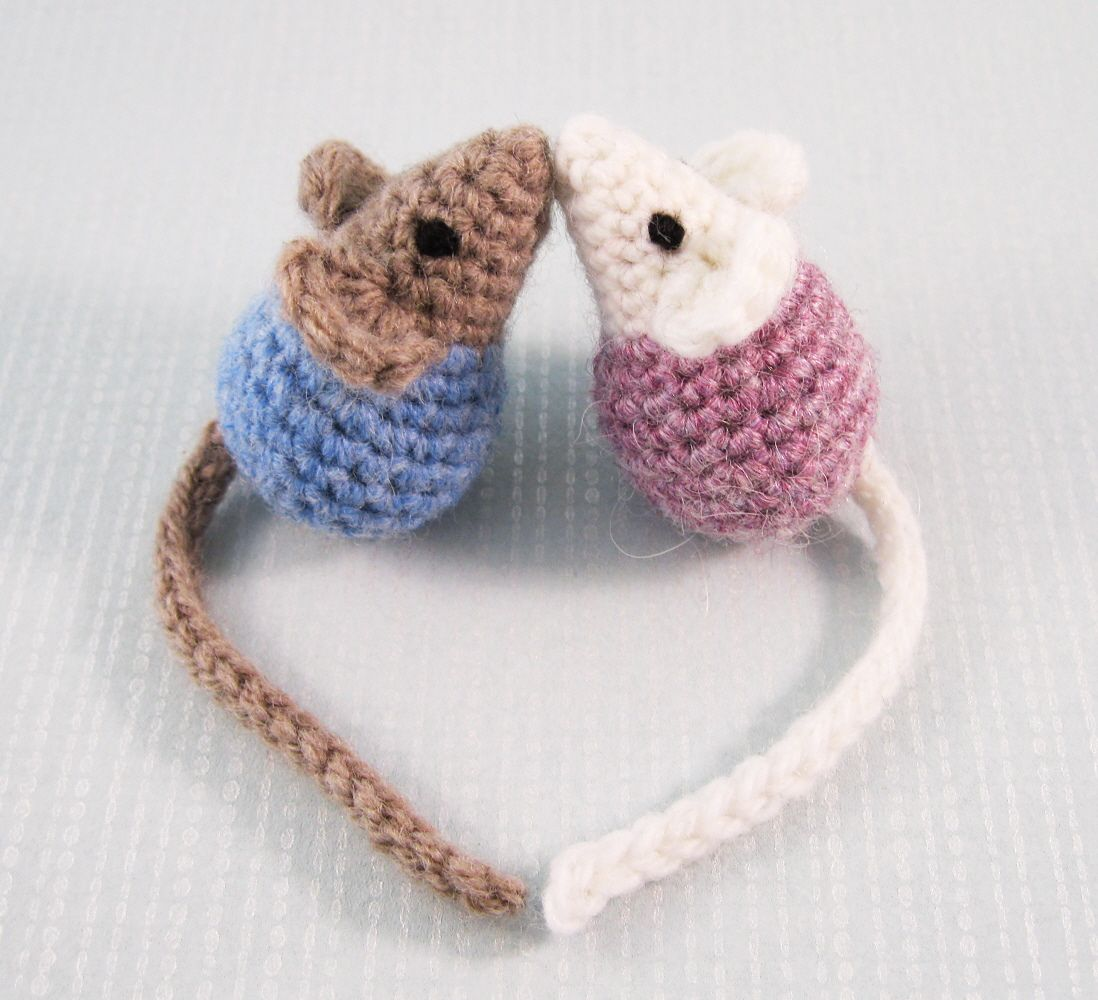 Little Kissing Mice By Lucy Collin - Free Crochet Pattern - (ravelry ...