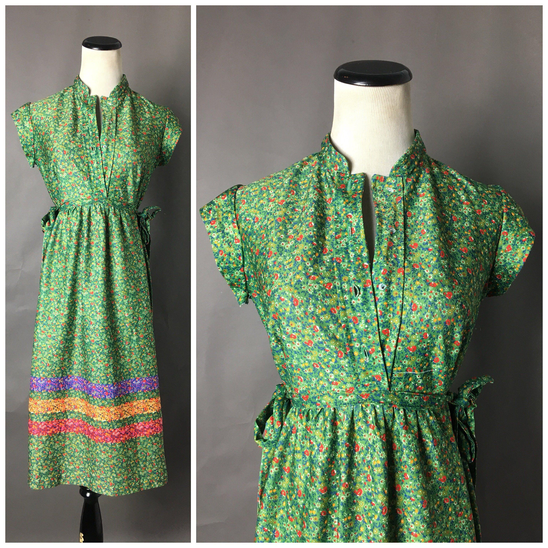 Vintage 70s Dress 1970s Dress Floral Dress Shirtwaist Etsy Vintage Dress 70s 70s Dress Shirtwaist Dress [ 3000 x 3000 Pixel ]