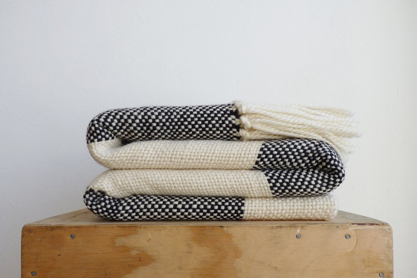 Explore Sofa Blanket, Plaid Blanket Scarf And More!