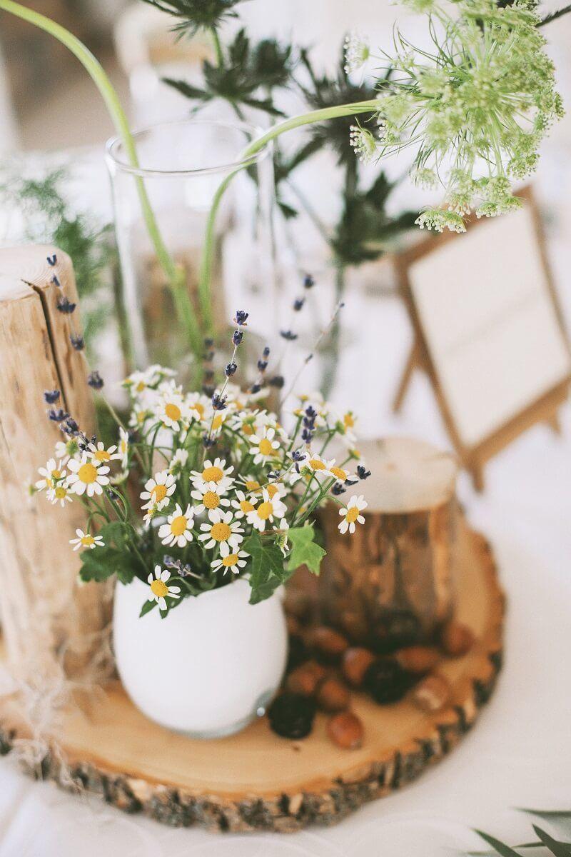 blumendeko hochzeit wildblumen