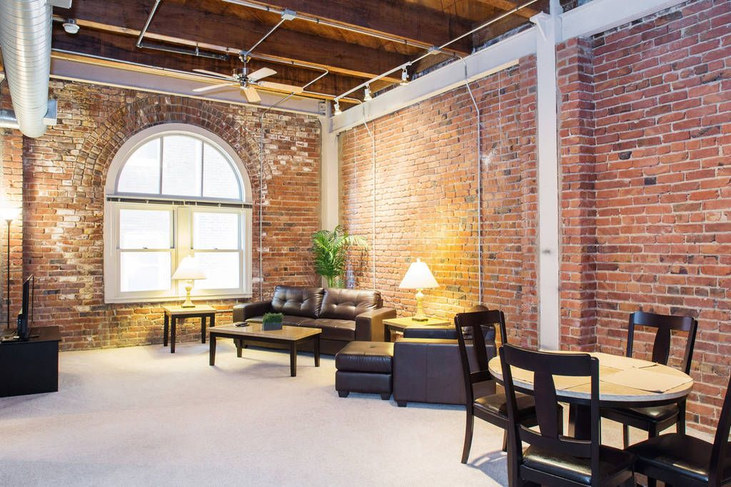 Execustay At Old Market Lofts 1 Br In Omaha Temporary Housing Furnished Apartment Omaha Old Market