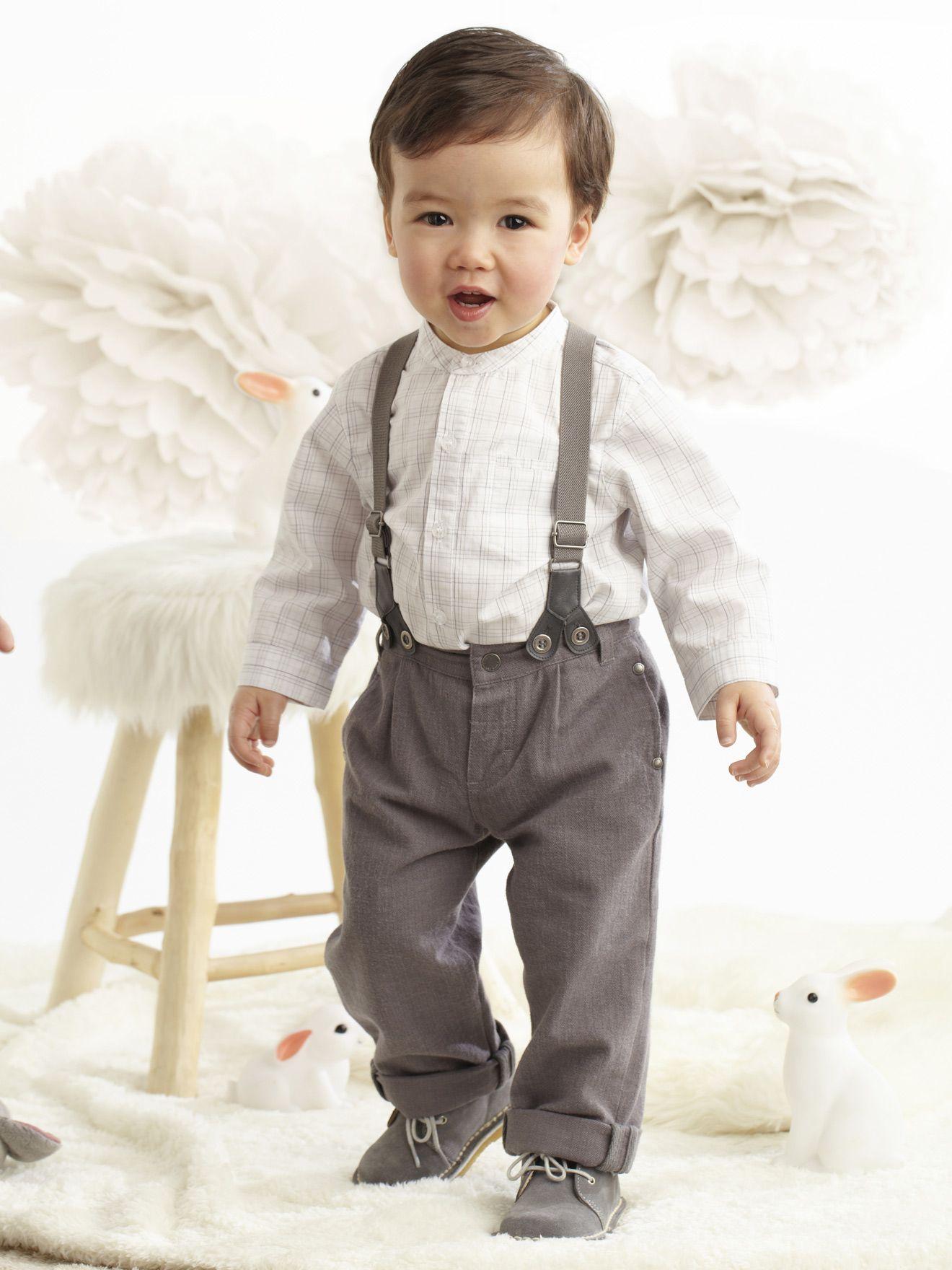 a45642973 Un precioso conjunto de pantalón con tirantes y camisa