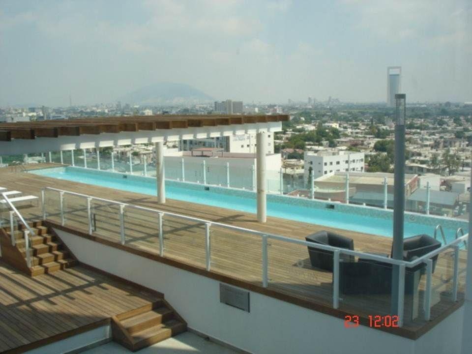 Carril de nado hotel fiesta inn monterrey tecnologico for Construccion de piscinas en monterrey