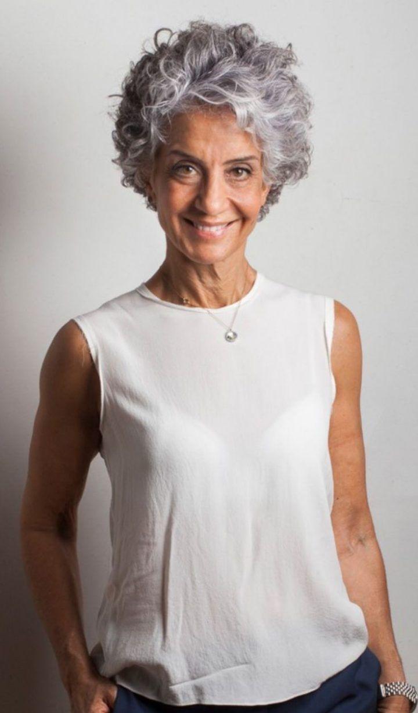20+ Coiffure cheveux gris femme des idees