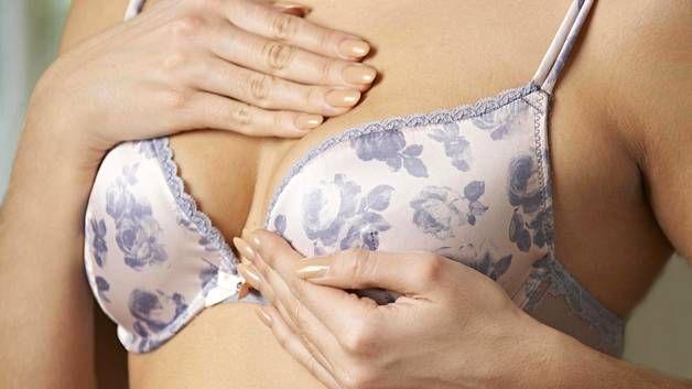 4 rintasyövän oiretta – eikä yksikään niistä ole kyhmy - Terveys - Ilta-Sanomat #oire #sairaus #terveys .