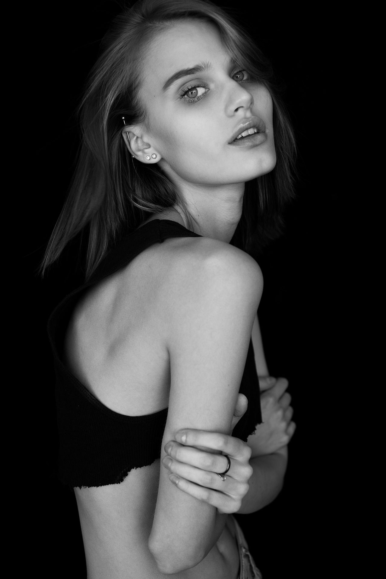 Nicole Gregorczuk Nude Photos 39